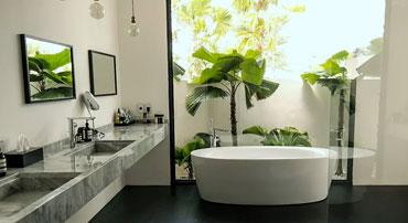Style tropical dans une salle de bains